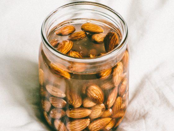DSC 5744 560x420 - Almond milk